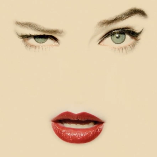 chanel-lipstick-video-pays-tribute-erwin-blumenfeld