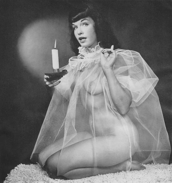 ART  Photography  Vol. 6  No. 10 - 70  April, 1955  09  Bettie  Page