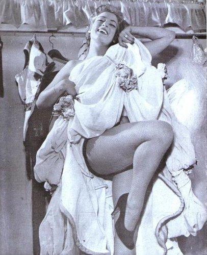 AnilzaLeoni1956