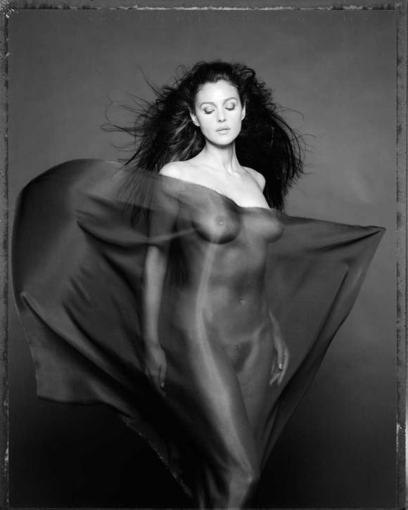 2.-Monica-Bellucci-per-DG-Milano-2000