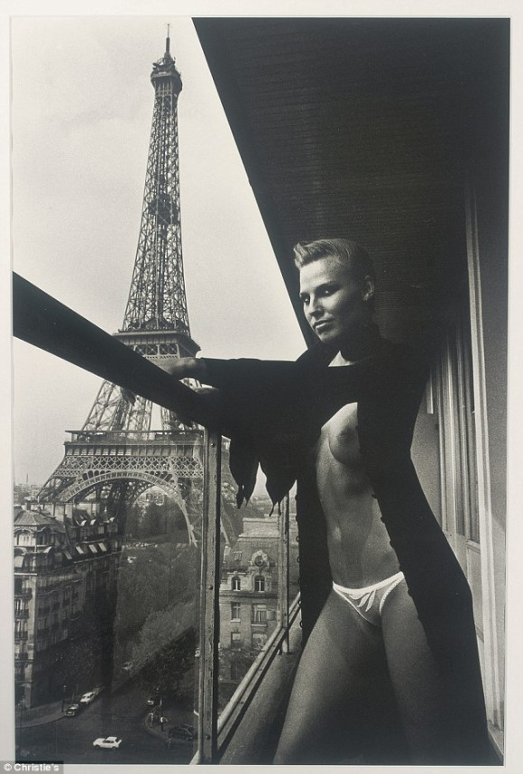 helmutchristie39s-to-auction-off-iconic-fashion-photography-from-helmut-1429612214_org
